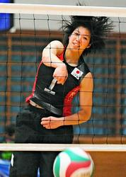 「応援したくなる選手に」 女子バレープレミアL・NEC入団内定の山内美咲、五輪へ打ち抜く