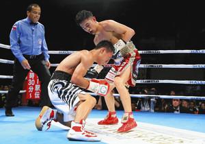 田中、2階級制覇 8戦目最速タイ 5回TKO
