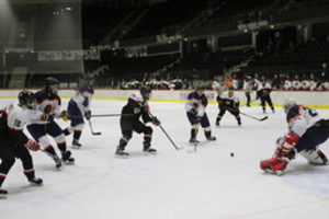 アイスホッケーU20世界選手権 釧路の高校生7人が活躍