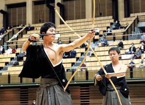 愛媛の武道、決意の年に 松山で鏡開き式 9競技が演武披露