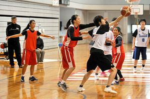 バスケ 台湾の高校生、強さ求め天童に 大神さん指導が縁