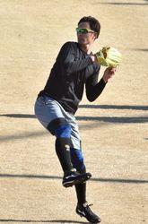 日本ハム 巻き返し期す上原 2年目のドラフト1位投手