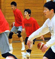 バスケBリーグ 岩手の練習参加、高校生選手がプロ体感