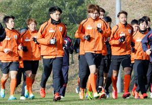 12年目のシーズンへ 愛媛FC、今季初練習