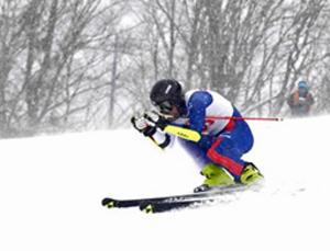 山越、第1戦V 国体スキー岐阜県予選