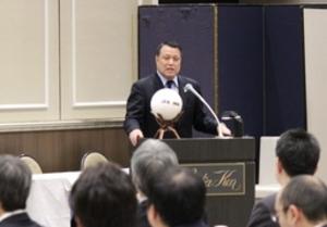 サッカー指導の現場 新潟で協会会長と意見交換会