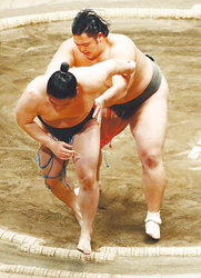 石橋5連勝で十両へ前進 大相撲初場所