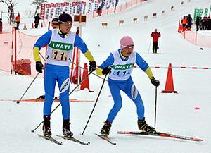 スキー 雫石が中学リレーで男女優勝 岩手県スキー3大会