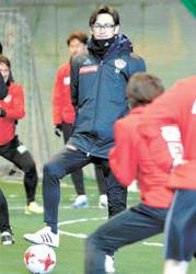 J1仙台 渡辺監督「自律」と「自立」重視