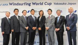 ウインドサーフィン 人気、波に乗れ 横須賀市で5月に世界最高峰レース