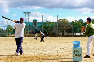 目指せ「おじいちゃんの甲子園」 大津、平均68歳の野球チーム