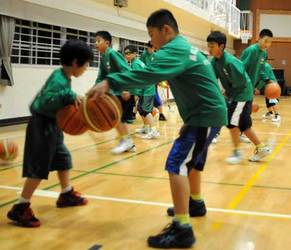 聖地・代々木でまず1勝 京都・長岡京ミニバスケが全国大会へ