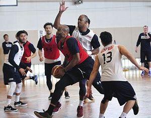バスケBリーグ 琉球、新潟戦に闘志