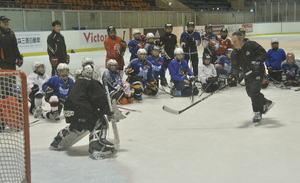 NHLコーチ招きアイスホッケー教室 八戸