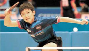 世界卓球史上最年少代表 張本意欲燃やす