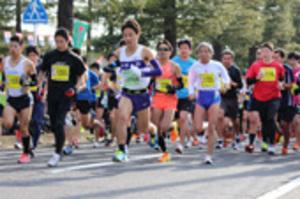 津のまちを2772人走る、最高齢は83歳 津シティマラソン