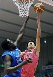 秋田、滋賀に競り勝ち連敗脱出 バスケB1東地区5位に浮上