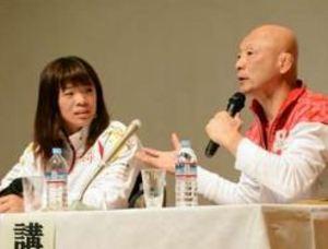 レスリング金のタックルに驚き リオ五輪・川井選手が指導