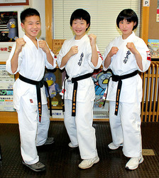 空手 世界チャンピオンにさいたまの中学生3人 幼少から同じ稽古場