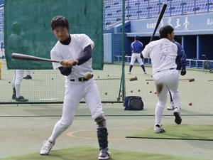 1部昇格へ底上げ図る 駒大野球部が松山でキャンプ