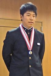 全中スキー男子大回転V 小山選手、金沢市長に報告