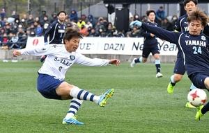 サッカーニューイヤー杯 J3鹿児島、J1磐田と分け