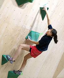 ボルダリング 14歳伊藤、日本代表の合宿に特別参加