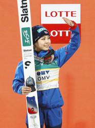 スキージャンプ 高梨、W杯総合優勝 歴代最多53勝は持ち越し