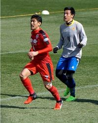 J2熊本 J3北九州に移籍中の鈴木、健在のプレー