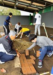 WBC 侍ジャパン 宮崎合宿のマウンドWBC仕様へ
