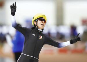札幌冬季アジア大会 スピードスケート 高木美3冠 姉らがサポート