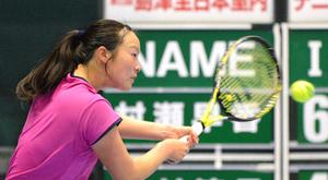 杉田や桑田ら8強、ダブルスは4強決定 島津全日本室内テニス