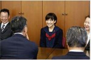 競泳日本代表の長田友唯選手、山梨県教委訪問