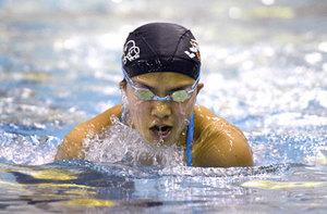 パラ水泳、東京でメダル目指す 京都の中学生、宇津木選手
