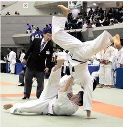 関学大、接戦制し手応え 柔道自他共栄杯