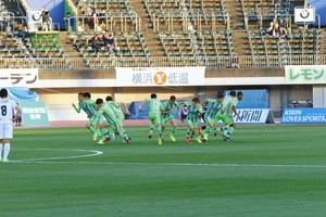 J2湘南 ホーム開幕戦1万人割れ ファンの心に火を