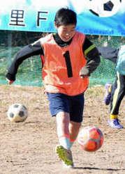 サッカー 藤岡市の美九里FCの奥山聡太 スペイン遠征に選ばれる