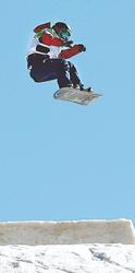 広野決勝進めず スノーボード・女子スロープスタイル