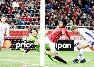 J1浦和、4―1で甲府を圧倒 興梠、武藤、李、ラファがゴール