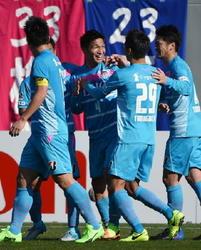 J1鳥栖、今季初勝利! ホームで広島を1-0