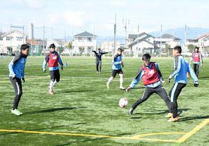 J2岐阜、初白星へサイドが鍵 19日ホームで横浜FC戦