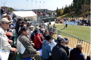 地元勢に熱視線 Tポイント女子ゴルフ、姶良で開幕