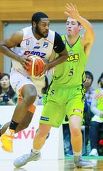 バスケB1北海道、新潟に逆転負け 連勝4でストップ