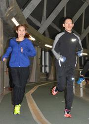 東京マラソン参加の遠藤さん 夫婦タイムでギネス記録