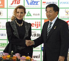 東京五輪事前キャンプ協定結ぶ 村山市とブルガリア新体操連盟
