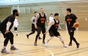 バスケB1新潟、チーム一丸で勝利を 25日から川崎戦