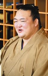 大相撲 稀勢の里、重責果たし晴れやか 一夜明け会見