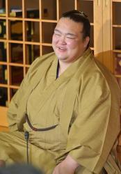 大相撲 稀勢の里「先場所と違ううれしさ」 一夜明け優勝会見