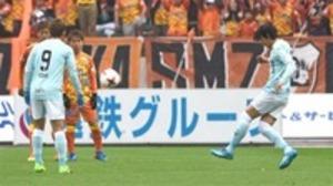 J1磐田 中村俊起点に3得点