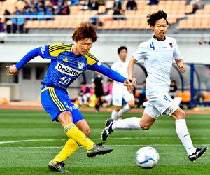 FC今治 6年連続・天皇杯県代表、松山大に7―0